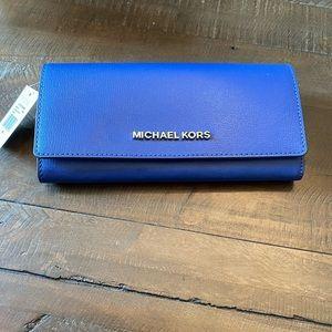 Michael Kors Large Jet Set Travel Blue Wallet